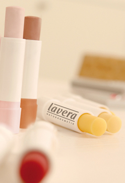 Review: Lavera Repair lippenbalsem